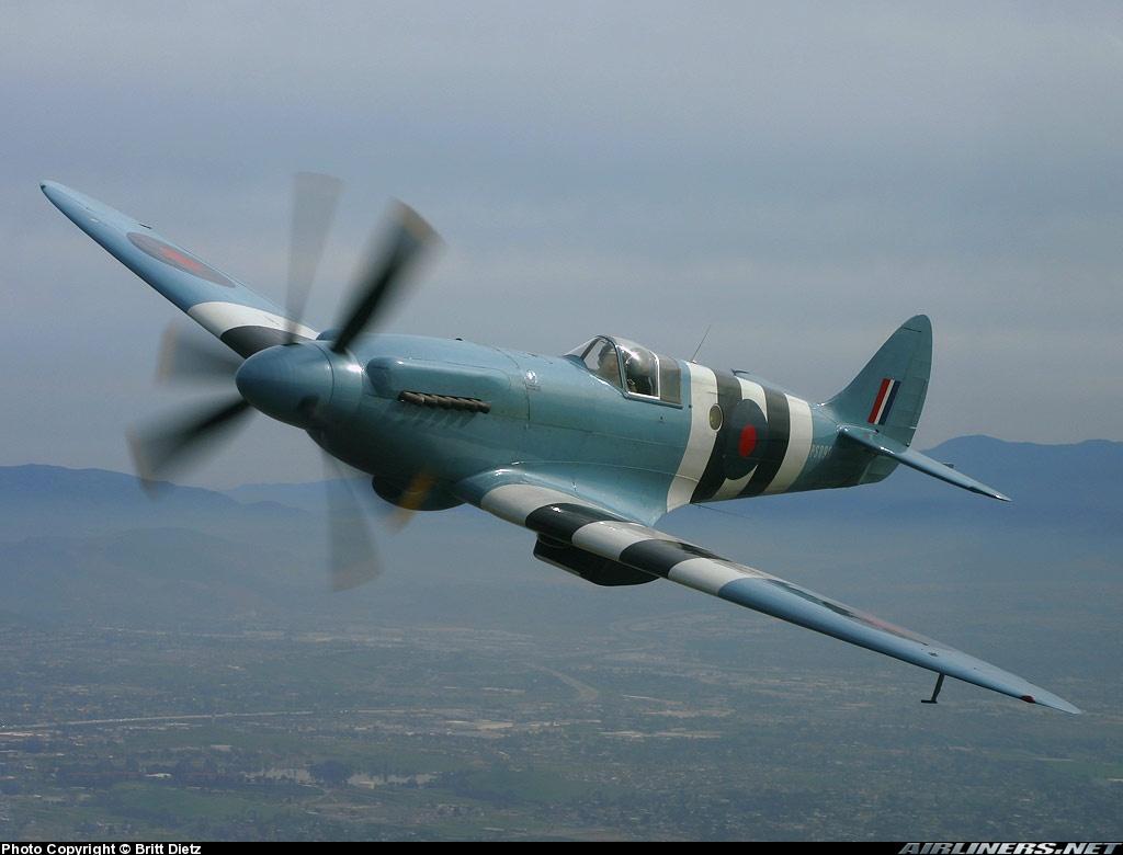 Supermarine 389 spitfire PR19