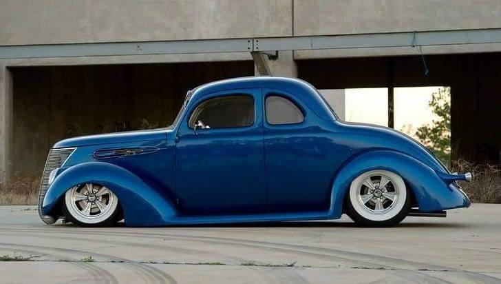 Coupé Ford 37/ 5 fenètres