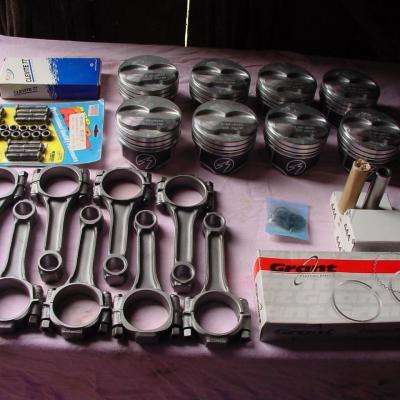 Bielles / pistons / segments / rouleaux / Vis