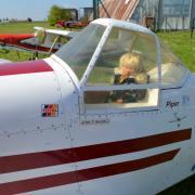 Une Barbie a trouvée place au poste de pilotage  du piper