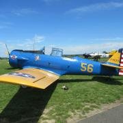 Howard T6 - en arrière plan  possibilité de voler sur un T28