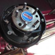 Vue générale  intérieure du tambour  de frein arrière