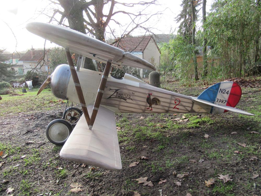 Belle allure ce  nouveau biplans -