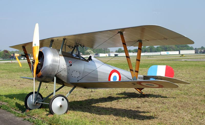 Le N 24 bis - fuselage rond du N 24 ,  mais  l'on  retrouve l'empennage du 17