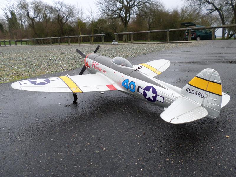 P47 Thunderbolt  Envergure :1,10m