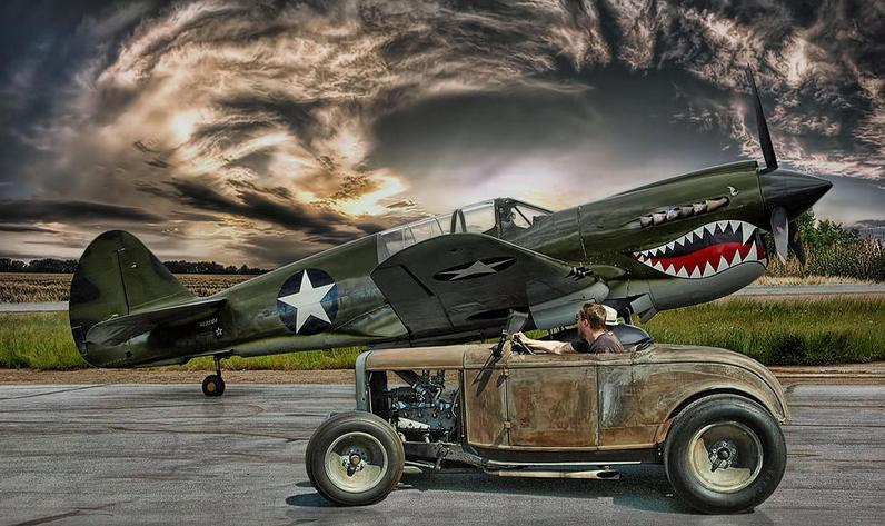 Warhawk Curtis P40  & ford 32 roadster